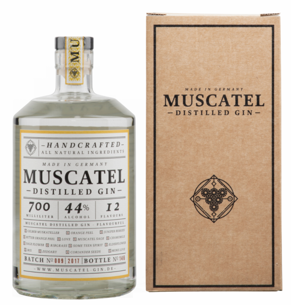Muscatel Distilled Gin A Witch, A Dragon & Me 44% 70cl